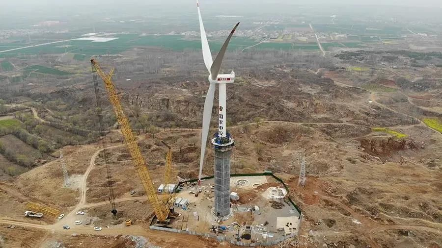 国内首台自提升超高风电机组来了!轮毂高度170米!刷新纪录!